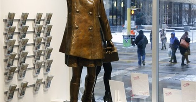 Wisconsin artist who cast Mary Tyler Moore sculpture dies